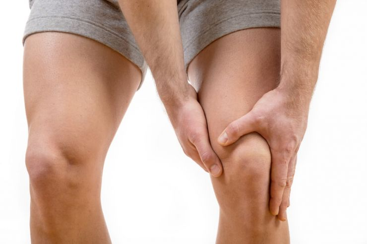 10 common knee injuries and treatments.jpg